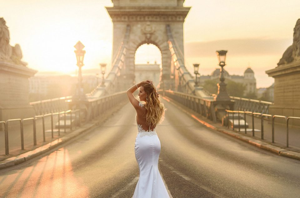 Photo Shooting on Chain Bridge